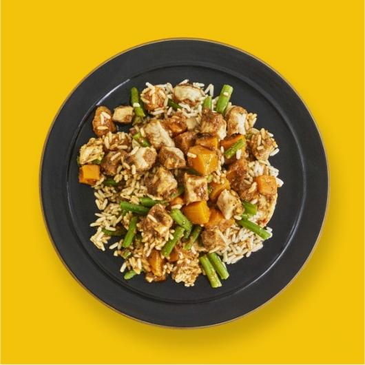 Levi Roots Caribana Chicken Pot - 358 kcal
