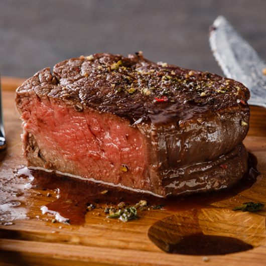 39 Piece Gourmet BBQ Hamper