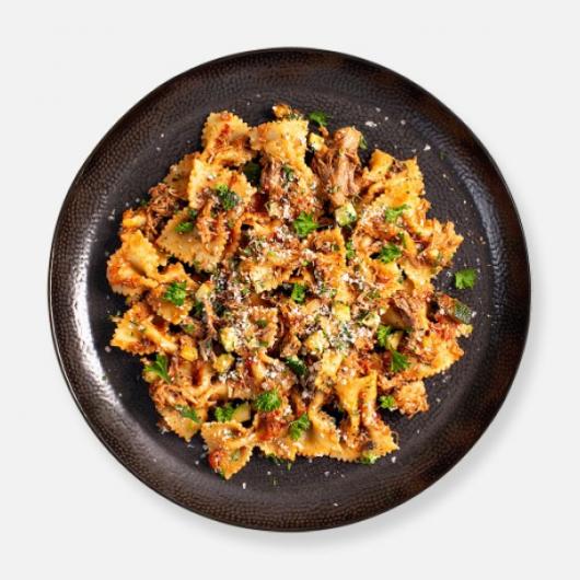 Pork Puttanesca Pasta Kit - 444 kcal