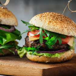4 x 113g Free Range Steak Burgers