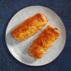 2 Sausage, Bacon & Festive Chutney Rolls