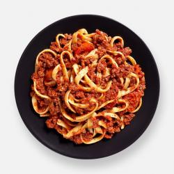 Beef Ragu & Cherry Tomato Tagliatelle - 342 kcal