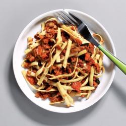 Vegan Mushroom Ragu with Tagliatelle - 272 kcal