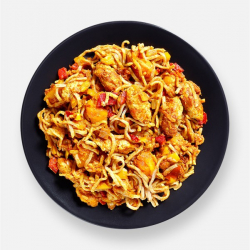 Curried Noodles with Meat-Free Chicken - 314 kcal